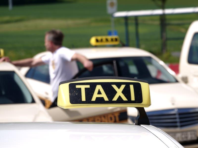Taxifahrten - Taxi Gerndt Tuttlingen